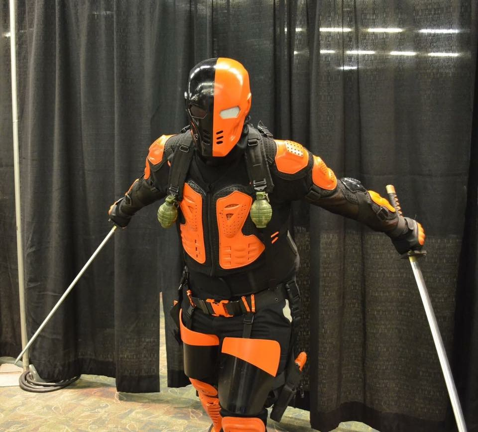 Hereu0027s a link to my cosplay page my album of deathstroke is on there. Funny I have been doing him for 4-5 years and used most of this gear now. & Deathstroke Costume | DIY Guides for Cosplay u0026 Halloween