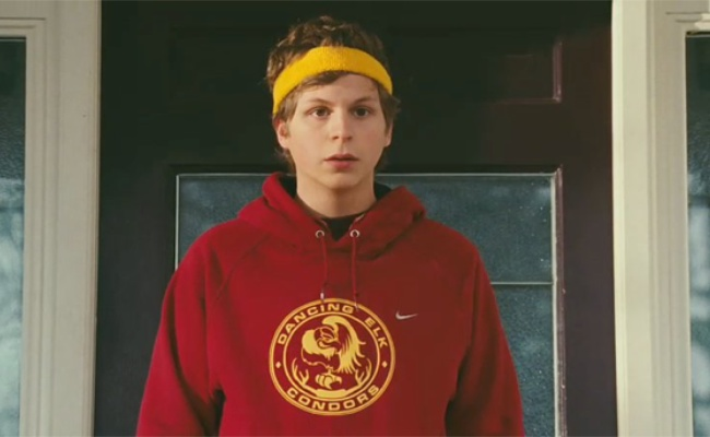 paulie bleeker played by george michael blu err michael cera is an awkward teen who harbors a long time crush on juno macguff and somehow manages to get - Juno Halloween