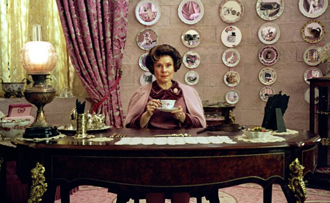 Dolores Umbridge Costume | DIY Guides for Cosplay & Halloween