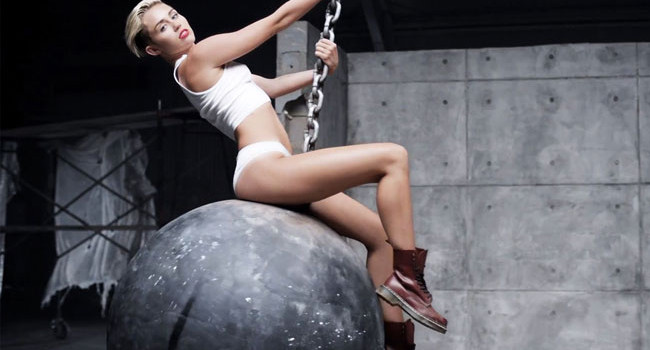 Wrecking Ball Miley Cyrus