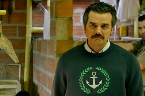 The Netflix original series Narcos tells the tale of Pablo Escobar (Wagner Moura) the notorious Colombian drug kingpin who became a billionaire through the ...  sc 1 st  Carbon Costume & Pablo Escobar Costume | DIY Guides for Cosplay u0026 Halloween