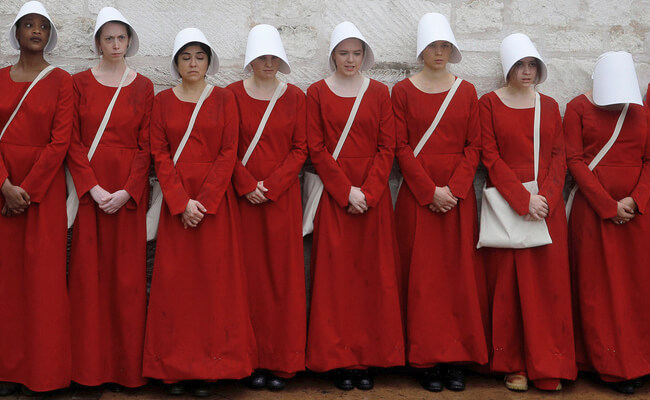The Handmaid S Tale Costume Diy Guides For Cosplay Amp Halloween
