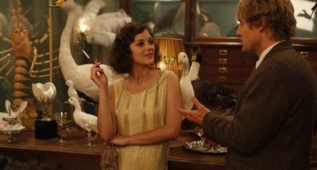 Adriana in Midnight in Paris