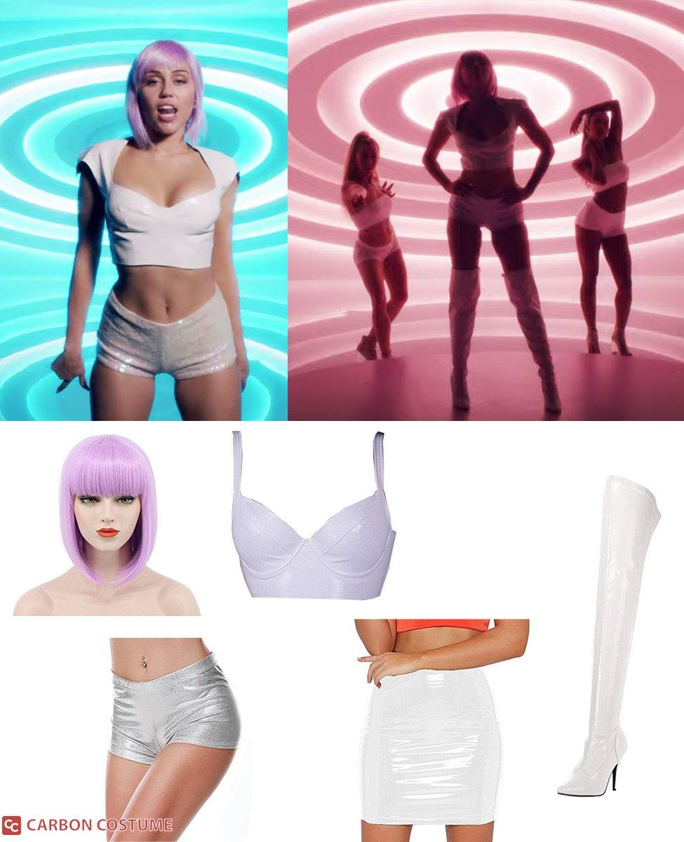 Ashley O from Black Mirror Cosplay Guide
