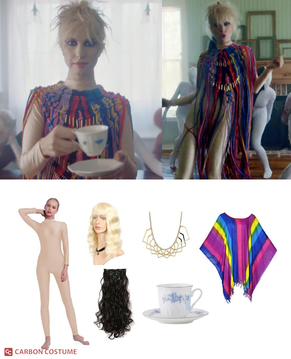 """Hayley Williams in the """"Cinnamon"""" Music Video Cosplay Guide"""